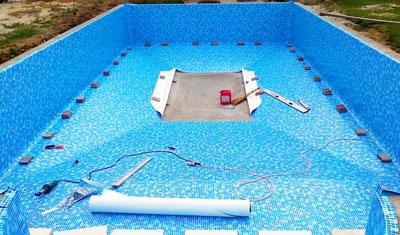 Бетонный бассейн с чашей, покрытой ПВХ плёнкой. Строительство в Крыму и Симферополе выполнила компания Купава