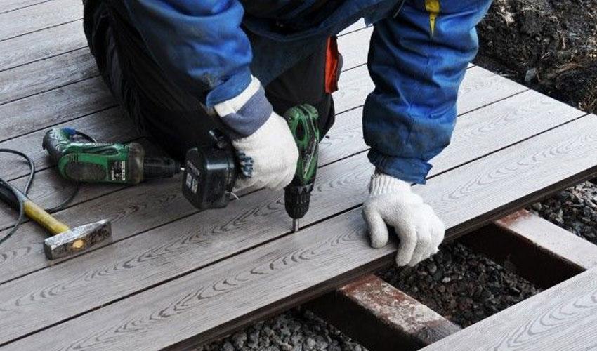 Укладку террасной доски в Симферополе и других городах крыма должны выполнять профессиональные укладчики